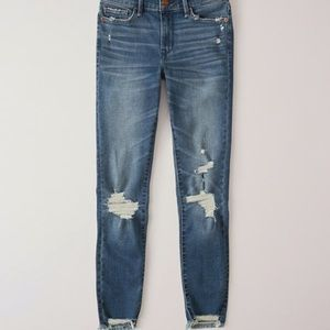 Abercrombie & Fitch Jeans - Low rise ripped skinny jeans, size 24/00 SHORT